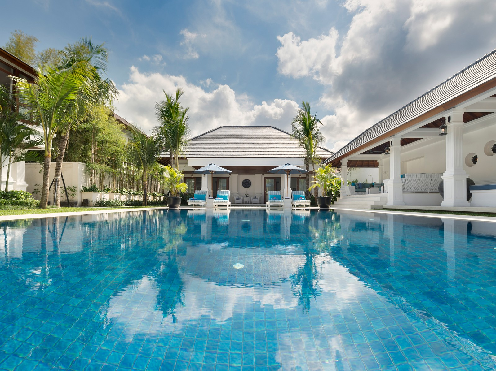 Villa Windu Asri Rental  U2013 6 Bedrooms In Villas Seminyak